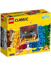 LEGO® CLASSIC CARAMIZI SI LUMINI 11009