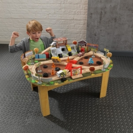 Set de joaca Disney® Pixar Cars 3 Thunder Hollow Track Set & Table - Kidkraft