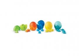 Set pentru sortat si numarat - Dinozauri colorati