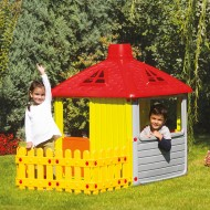 Casuta pentru copii cu gard